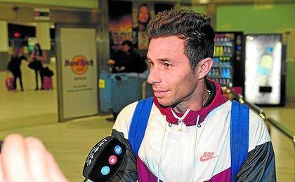 Rubén quiere agrandar su leyenda como jugador del Betis y asume el reto de ganarse la confianza de Setién.