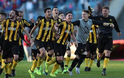 El Peñarol logra su décimo triunfo al hilo y se mantiene en la cima del Clausura