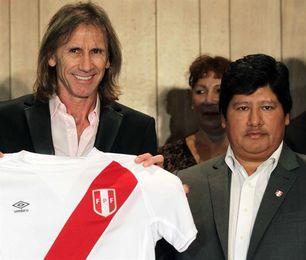 El presidente de la FPF confía en que Gareca seguirá con Perú tras el Mundial