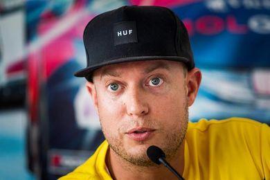 Robert Huff gana en Macao y Michelisz se acerca a Bjork en el Mundial