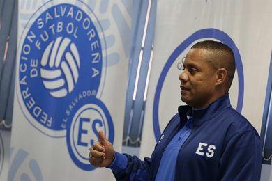 Técnico sub´17 salvadoreño pide a la Federación y a los clubes más apoyo a las selecciones