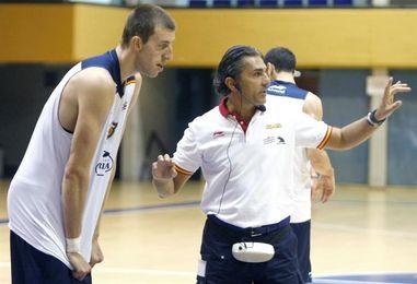 """Vázquez: """"Hay que dejar fuera del equipo los problemas entre FIBA y Euroliga"""""""