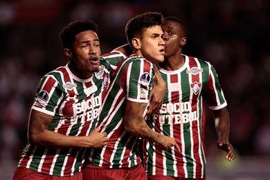 Fluminense garantiza su permanencia y Palmeiras da esperanzas al Avaí