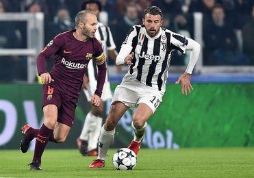 El Barça empata en Turín (0-0) y se clasifica primero de grupo