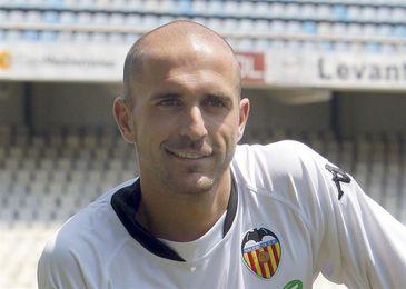 El español Bruno Saltor se une al proyecto solidario de Mata ´Common Goal´