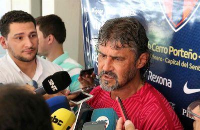 El líder Cerro Porteño del colombiano Álvarez se juega una final con Luqueño