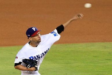 El panameño Davis Romero espera ser entrenador de béisbol cuando se retire