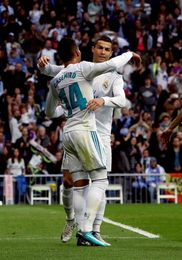 El Real Madrid vence 2-1 al descanso al Málaga