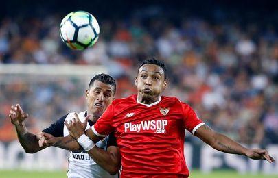 El Valencia espera al Barcelona sin Murillo y Maksimovic
