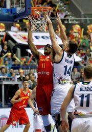 92-84. España despeja con sufrimiento su camino hacia el Mundial