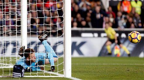 Schez Arminio no cree que fallo del árbitro en gol Messi sea para sancionarle