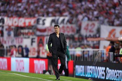 """Almirón dice que Lanús """"puede revertir"""" el 1-0 ante Gremio y ser campeón"""