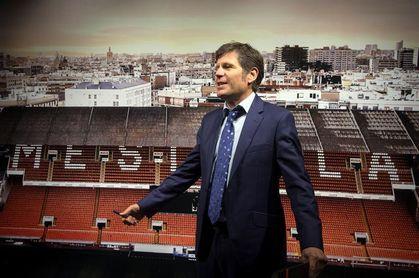 Reunión de la cúpula del Valencia para planificar los dos próximos mercados