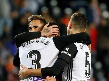 El Valencia acabó el partido de Copa con una alineación de 22,6 años de media
