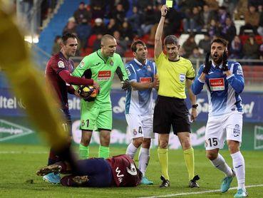 El Espanyol recurrirá la tarjeta amarilla de David López
