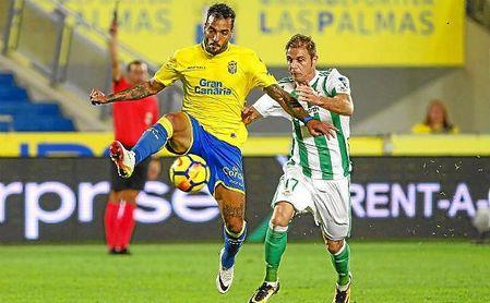 Joaquín, en un lance del partido ante Macedo.