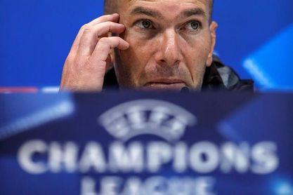 """Zidane: """"Faltan seis meses, cuidado con Cristiano"""""""