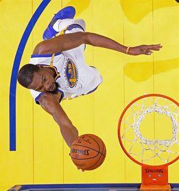 87-101. Ante los Hornets, Durant logra un triple-doble y los Warriors siguen ganando