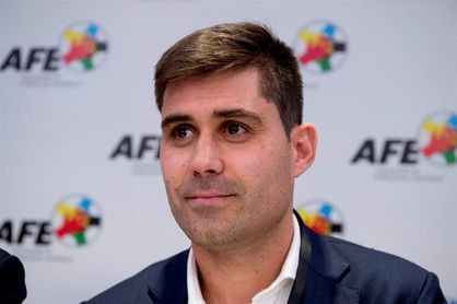 Aganzo asiste a la asamblea de FIFPro y Peramos suple a Rubiales en el Ejecutivo