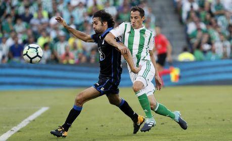 El Deportivo confirma un acuerdo con el Pumas para el traspaso de Arribas
