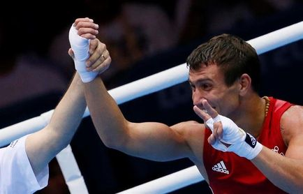 Lomachenko y Rigondeaux no tienen problema con el peso para la pelea por el título superpluma de la OMB