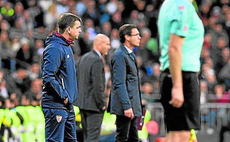 La primera derrota de Marcucci como primer entrenador del Sevilla ha sido muy dolorosa.