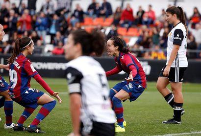 El Rayo sorprende al líder; el Levante se lleva el derbi valenciano