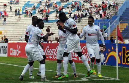 2-0. Olimpia vence a la Universidad Pedagógica y jugará las semifinales del fútbol en Honduras