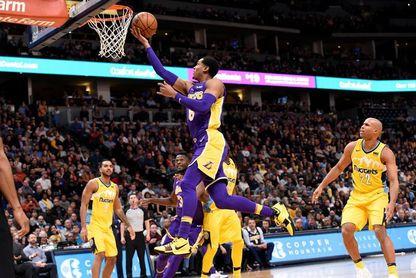 99-110. Ante los Hornets, Clarkson lidera el ataque y los Lakers se afianzan sublíderes