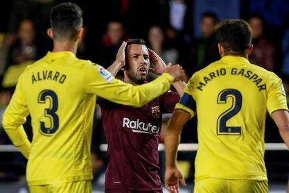 "Asenjo: ""Con once contra once el Barcelona no nos creó peligro"""