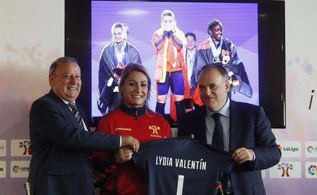 Homenaje de LaLiga a Valentín, Brachi y al equipo tras los campeonatos del mundo