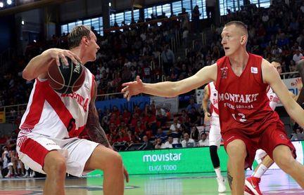 """El letón Smits llegó a 100 partidos en la ACB y espera que sean """"muchos más"""""""