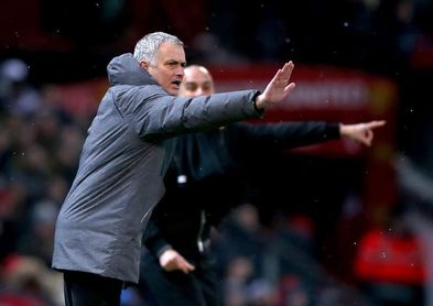 """Mourinho habla de """"comportamiento"""" y """"educación"""" tras la pelea con el City"""