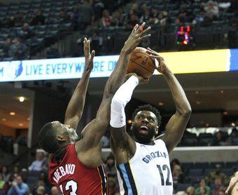 Los Rockets ya tienen la mejor marca de la NBA; Durant reivindica su liderazgo