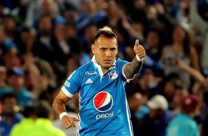 1-0. El uruguayo De los Santos da ventaja a Millonarios en la final colombiana