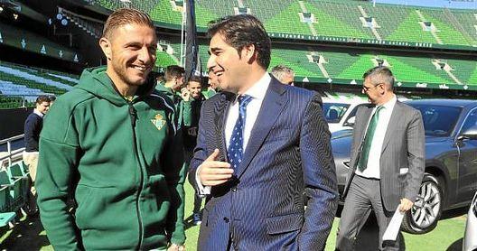 Haro y Joaquín, en un acto promocional del club.