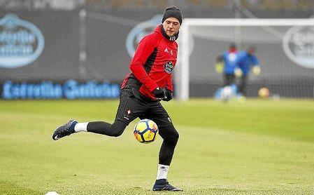 Guidetti, en un entrenamiento con el Celta.