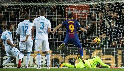 El Barça golea y encara el clásico con 11 puntos de ventaja sobre el Real Madrid