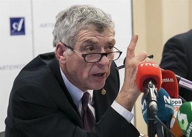 La Comisión Electoral rechaza la petición de Villar para suspender la moción de censura