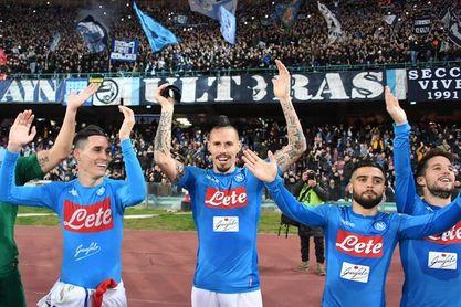 El Nápoles de Hamsik vuela, el Inter se atasca e Iago Falque firma un doblete