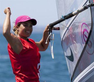 Blanca Manchón parte como favorita en la última regata 2017 en la Bahía de Cádiz