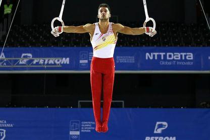 Rubén López, operado con éxito del hombro derecho, baja entre 5 y 6 meses