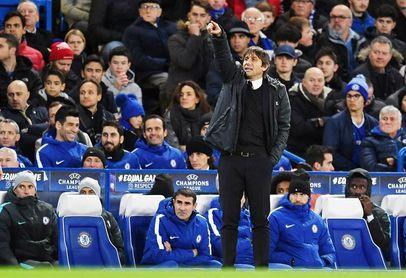 Conte hace hincapié en la importancia de retener a Hazard y Courtois