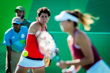 Garbiñe Muguruza y Carla Suárez jugarán juntas el dobles