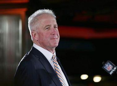 Los Bears despiden al entrenador en jefe John Fox