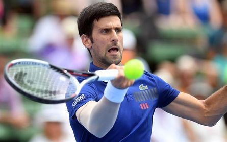 Djokovic gana a Thiem en su regreso