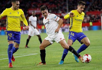 2-1. El Sevilla vuelve a ganar, pasa a cuartos pero sigue espeso en su juego