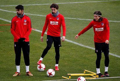 Filipe Luis y Diego Costa no se entrenaron con sus compañeros