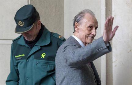 El juicio de Lopera queda visto para sentencia con una foto de familia con sus abogados