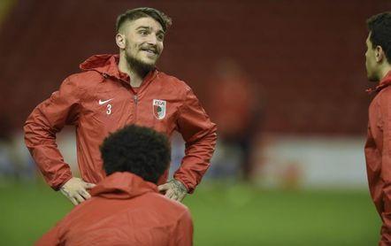 Kostas Stafylidis se convierte en el primer fichaje de Lambert en el Stoke